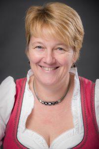 Goldhauben Obfrau Ursula Zirsch